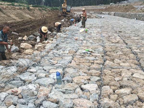 黑龙江三岔河河道治理工程